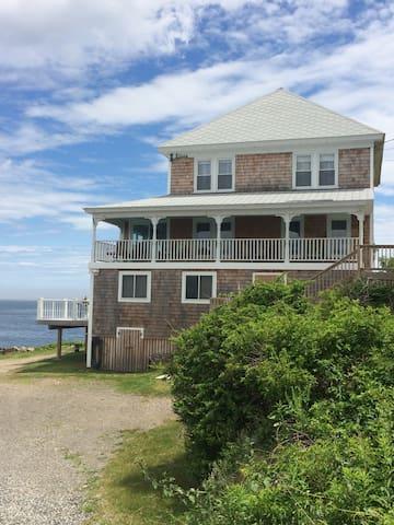4 Bedroom York Beach Ocean Front Home.