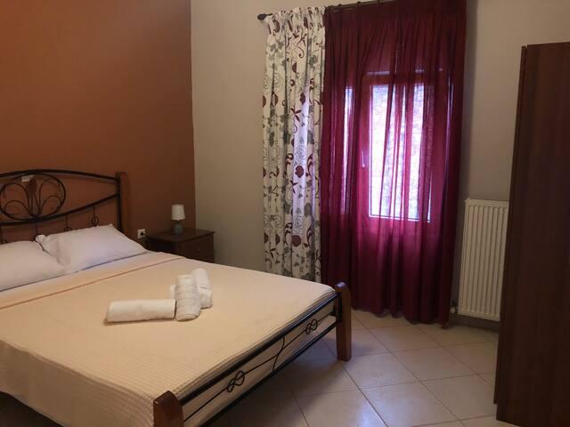 Κρεβατοκάμαρα 2-bedroom 2