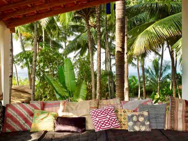 Private-beachhouse,Bang on the beach@Ashvem/Morjim