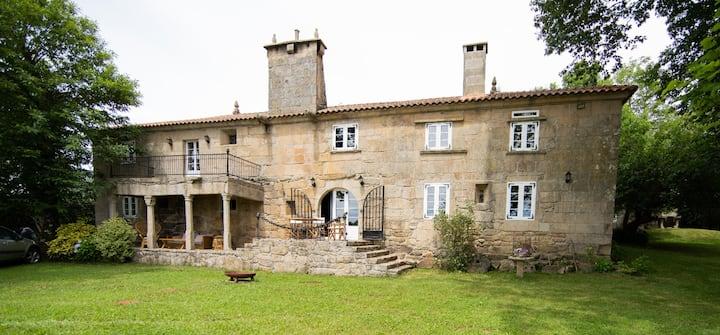 Pazo del siglo XVII en el corazón de Galicia