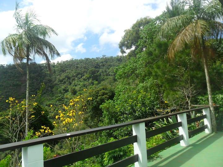Nossa casa na serra-Estrada Mury-Lumiar-km 8