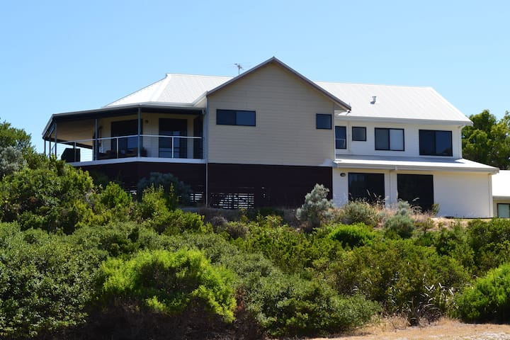 Peppidune Beach House - Peppermint Grove Beach - Dom