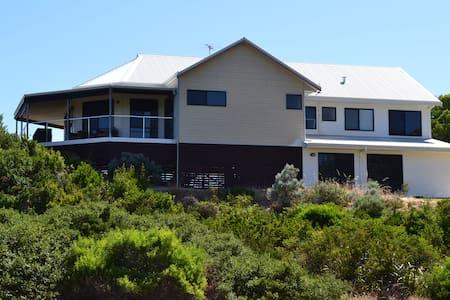 Peppidune Beach House - Peppermint Grove Beach - Dům
