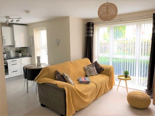 Just like home 2 bed apartment by Albion