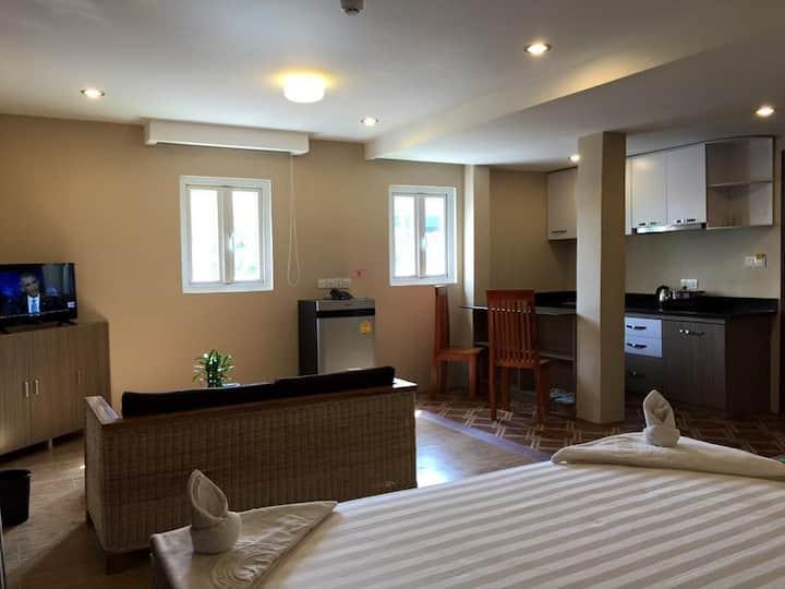 Ambrose VIlla-360 Hotel and Apartment