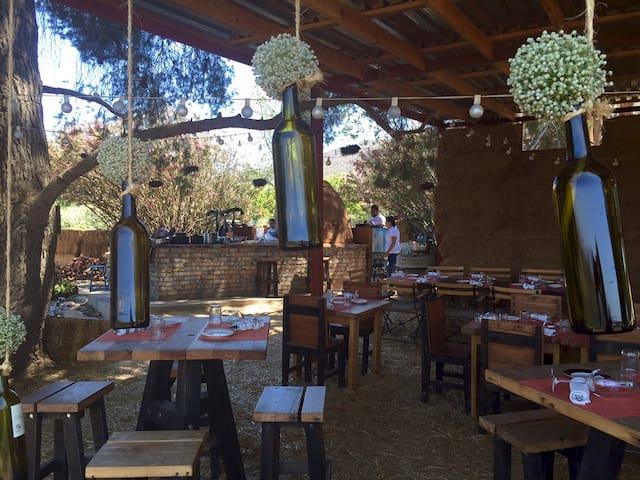 Deckman's Gourmet Restaurant in the Wine Valley