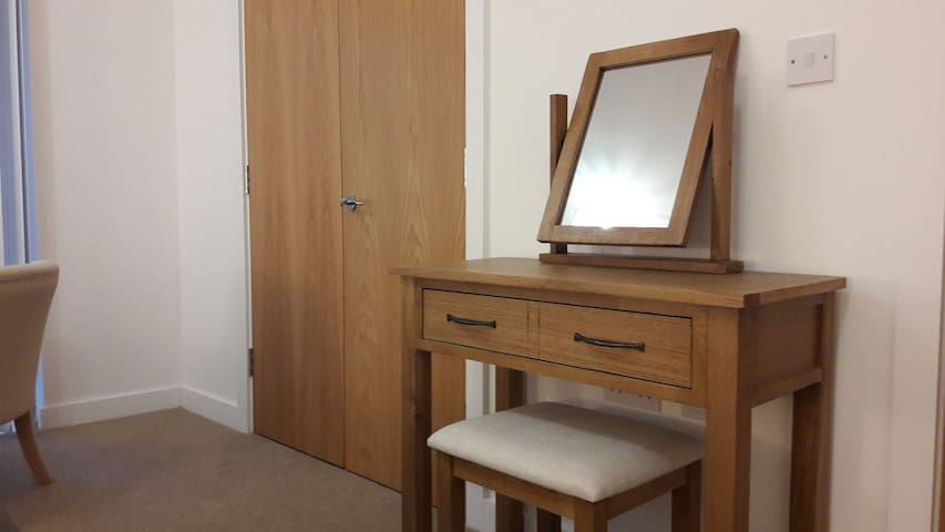 Dressing table, mirror and Hairdryer (in drawer!)