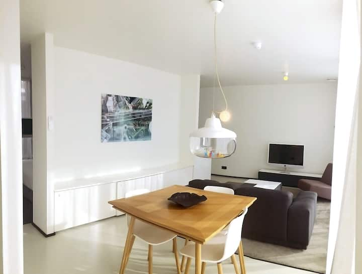 Urban Suite at the Vrijthof Square >Fully Serviced! (55m2)