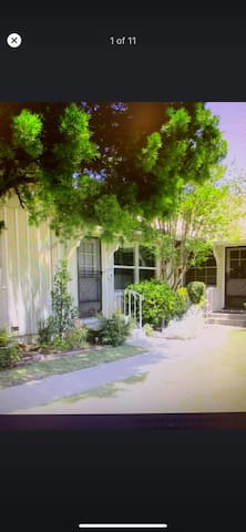 Cottage Style Home in Calm, Quiet Sherman Oaks