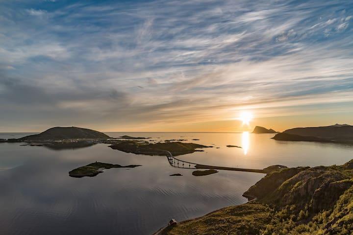 Tromsø's West end, Sommarøy