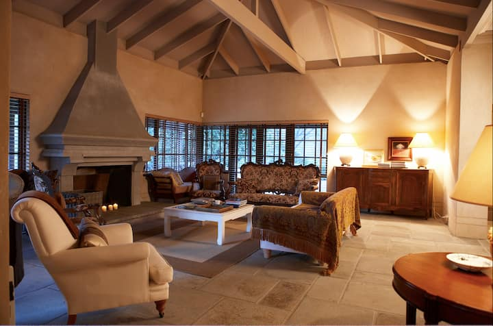 Farm Stay in Style at Brockman Park Estate