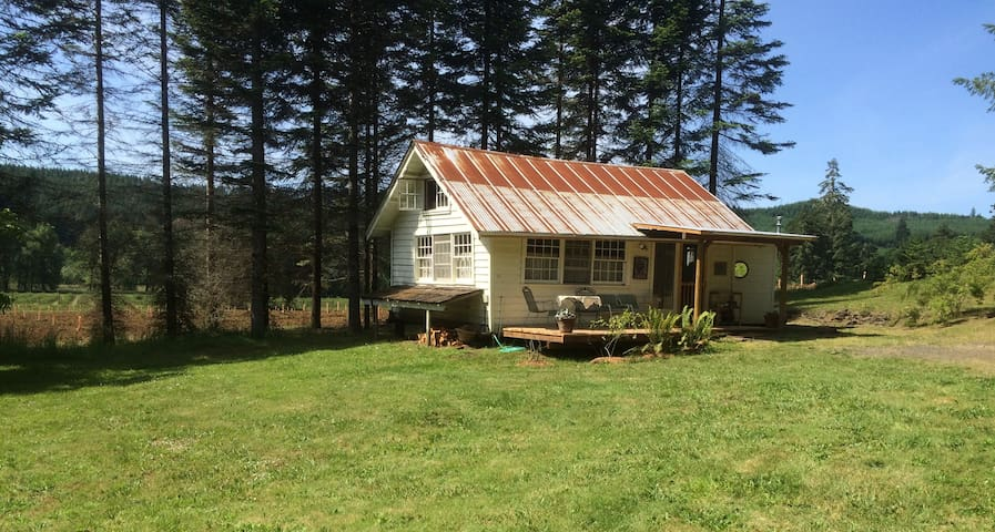 The Guest House at Bellpine Vineyards - Junction City - Konukevi