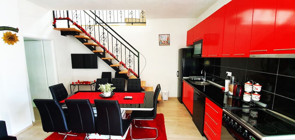 Gallery Apartments   free private parking