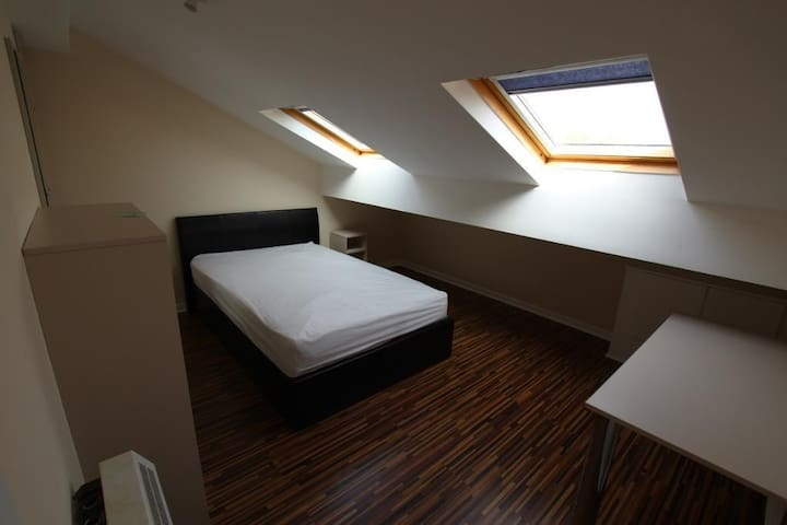 1 Room Bedroom For up to 2 Guests - Manchester - Apartamento