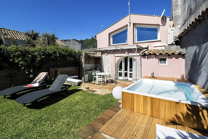 Luxurious Holiday Home in Acireale with Jacuzzi