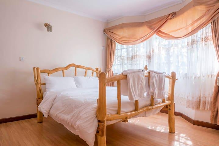 Master Bedroom 2 featuring queen bed