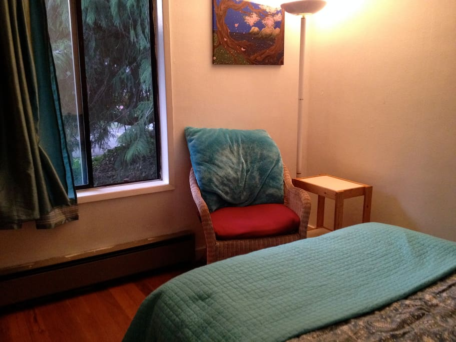 Large Tranquil Room- Reading Chair and Window