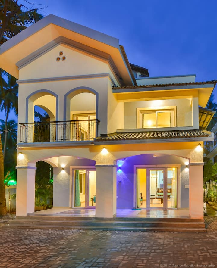 Indigo Villa: 7BR/Pool/Pool Table/Genset/Caretaker