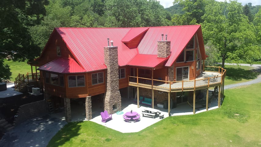 Stillwater Haven - Sleep Up To 20 in Pure Luxury - Friendsville - Dağ Evi