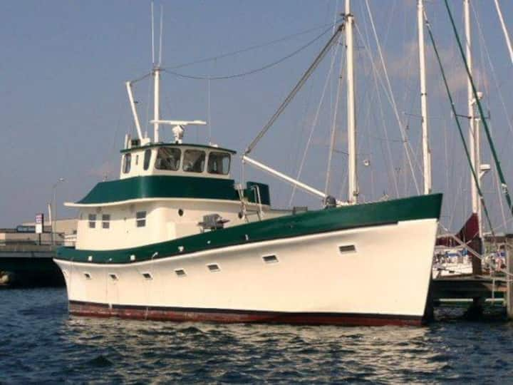 63 FT Classic Yacht Close to Cape Cod/Providence