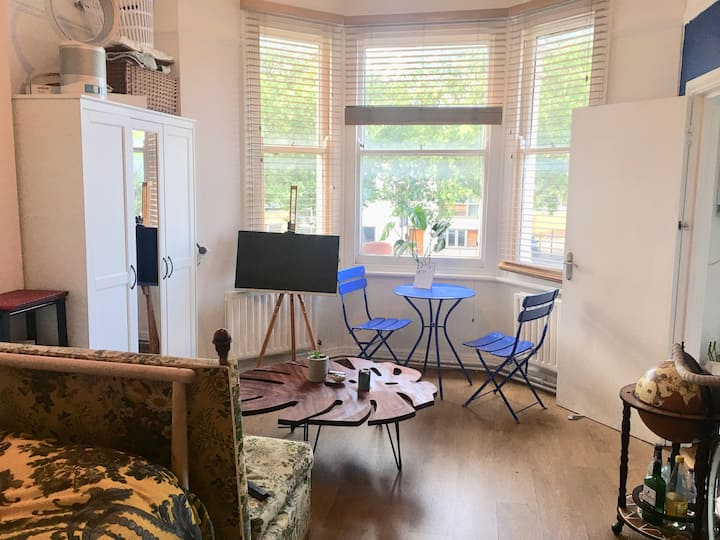 Light and cosy studio flat near Brixton