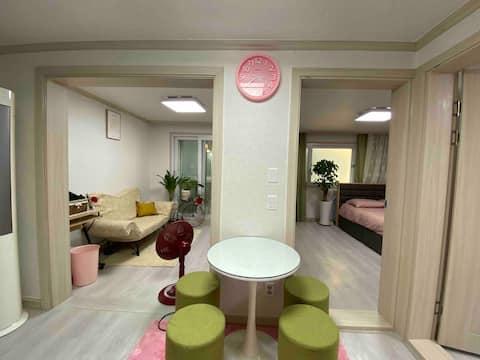 Two Room, Duksung Women's University 20minutes, 쌍문