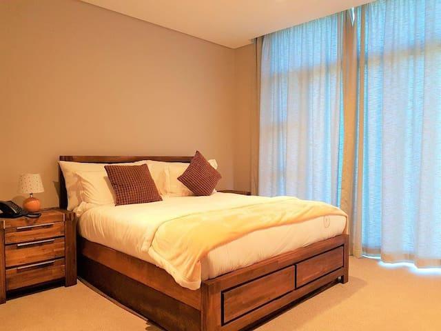 Luxury Zimbali 2 sleeper next to Fairmont Hotel
