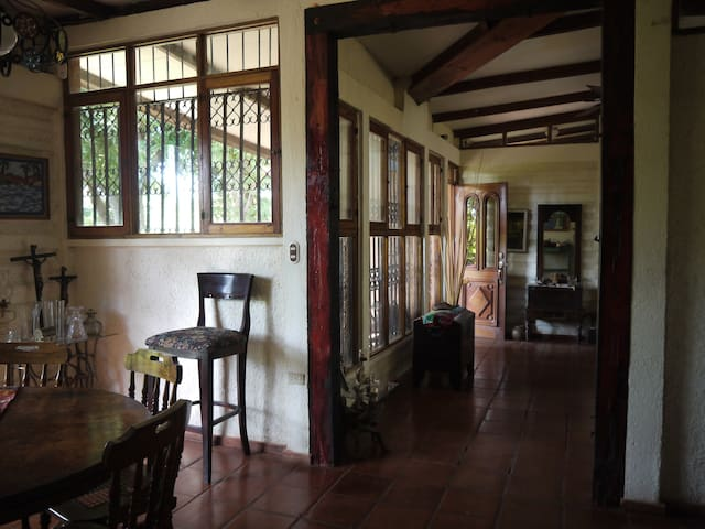 Beautiful home in Carretera Sur - Managua - Ev