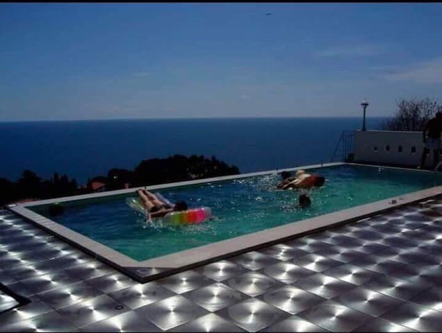 Vila Rozana  ( 2 guests )