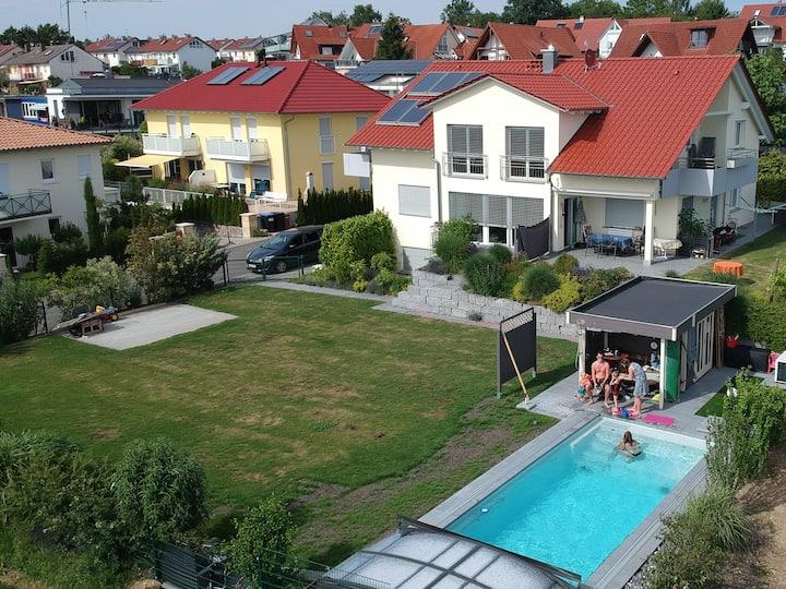 """FeWo """"Bellevue Hagnau"""" in Stetten am Bodensee"""