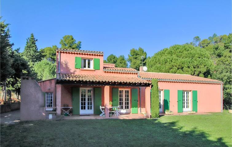 Semi-Detached with 4 bedrooms on 160m² in Roussillon