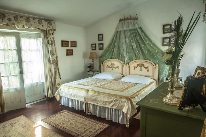 Royal Suite in a Castle  - Peniche - Bed & Breakfast