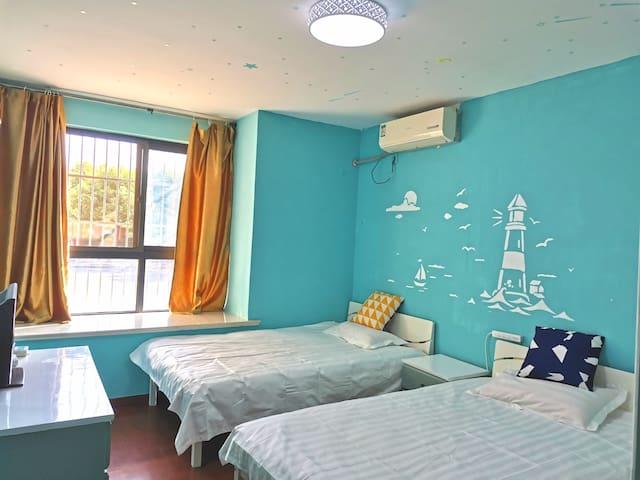 浦东迪士尼附近,整套房子一室一厅,双床,可做饭