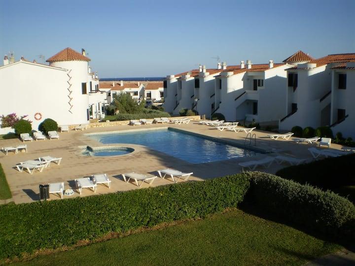 Apartamento con piscina a 50 m mar