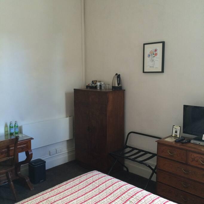 Tea & coffee making in-room plus Foxtel satellite TV.