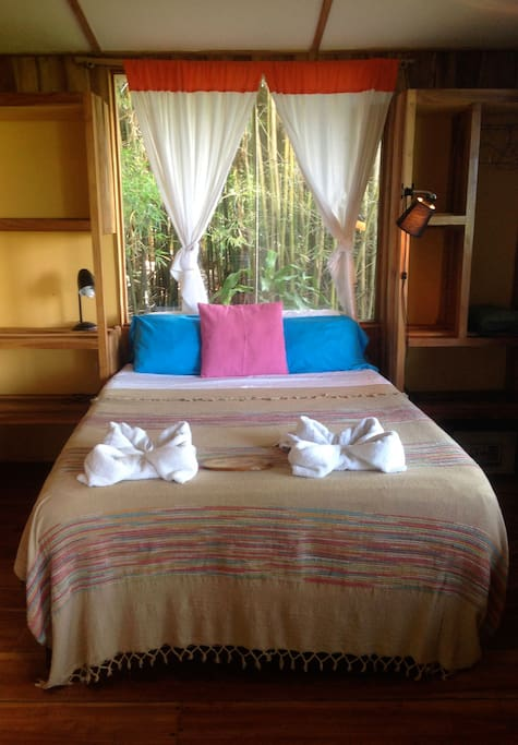 Bamboo Bungalow bedroom