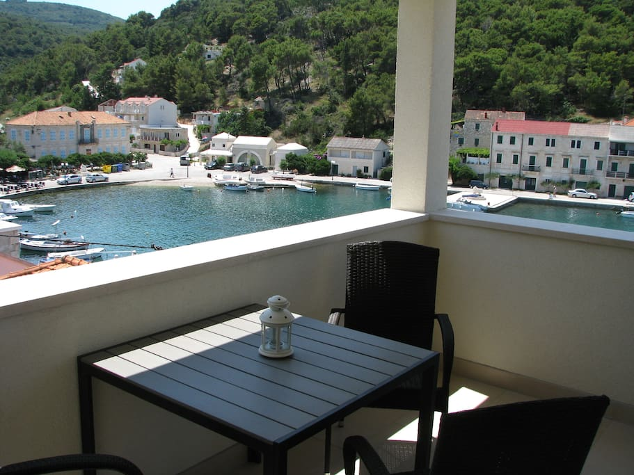 terrace with a magnificent view on Povlja bay