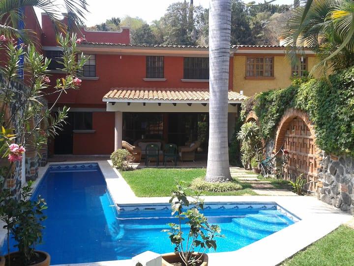 Cozy, charming Colonial House in Cuernavaca.