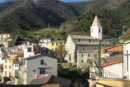 Lovely studio flat in town centre - Corniglia