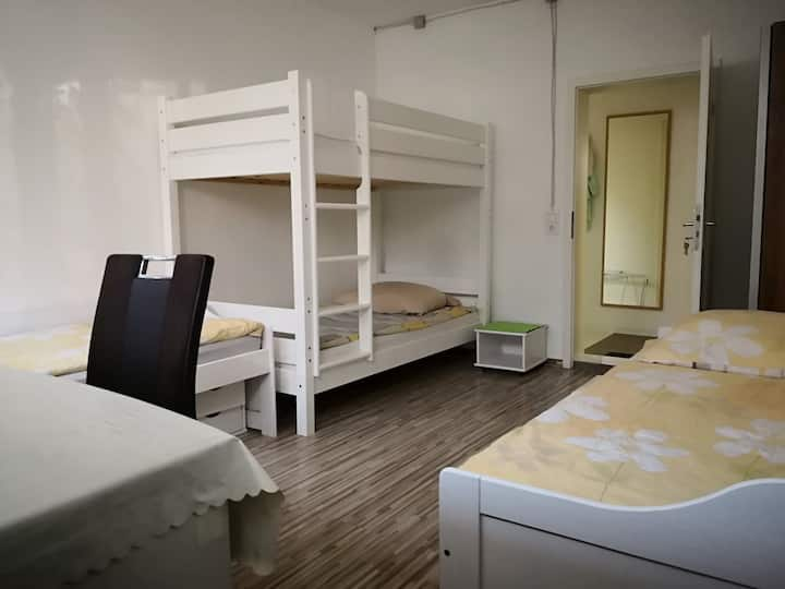 Nice room for man in shared flat near airport