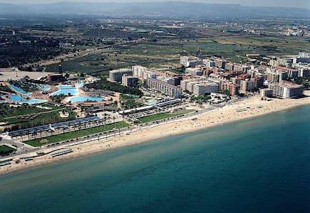 Precioso ático,a 50 mtrs de playa - Platja de la Pineda - Loft
