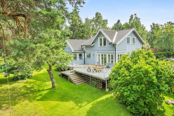 Stor, fantastisk villa på Solö i Roslagen - Norrtälje SO - Hus