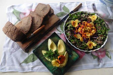 Holistic Retreat - Kohukohu - Bed & Breakfast
