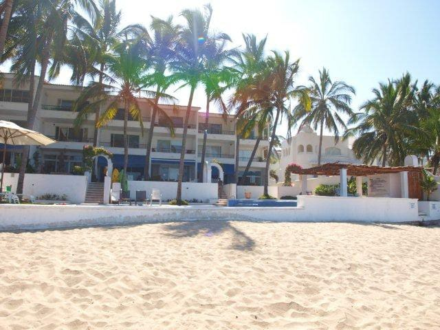 PH at Beach Front Boutique Condo - Nuevo Vallarta - Flat