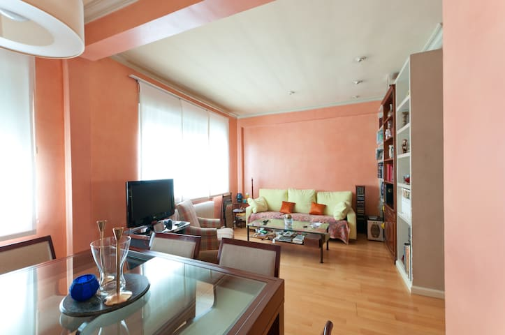 Cozy, luminous  excellenty placed - Madri - Apartamento