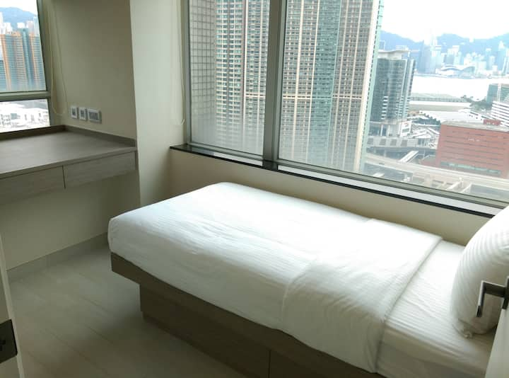 Hung Hom Deluxe Suite 3bedrooms B