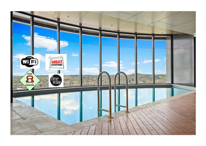 ★50th FLOOR★CBD★WIFI★CARPARK★GARDENS & RIVER VIEWS