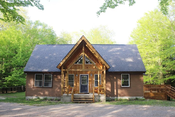 Private wooded setting close to dunes!