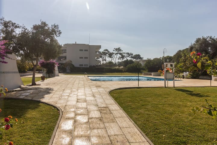 Apartment T1 - 2 minutes from the beach and pool