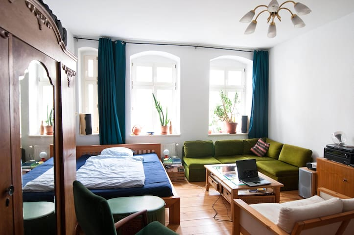 Lovely and quiet flat in Berlin